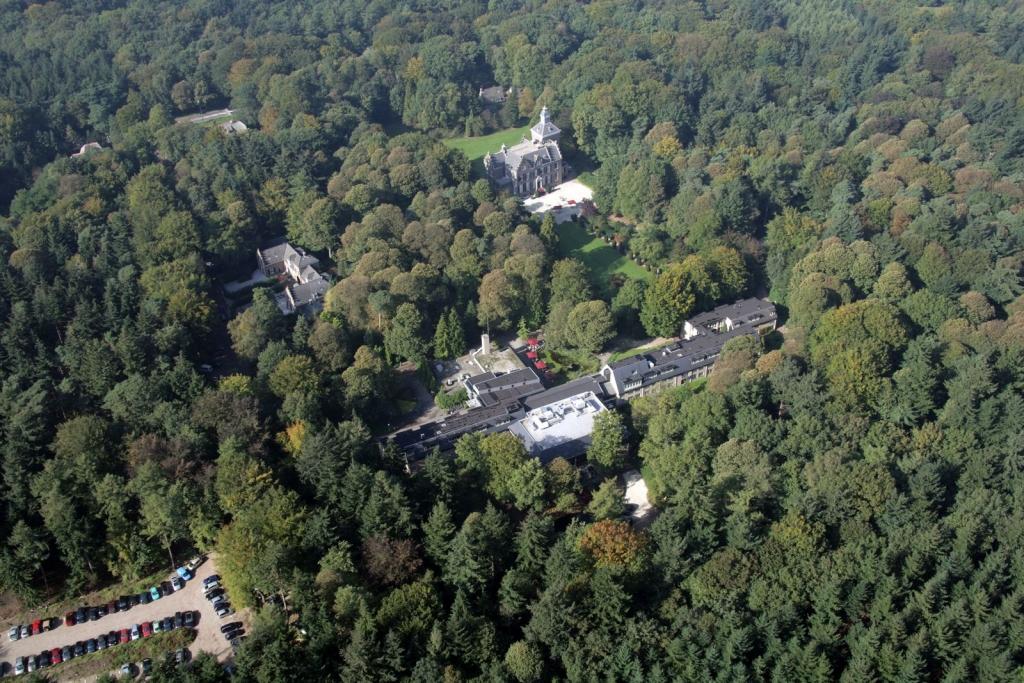 LandgoedZonheuvel Luchtfoto Maarten Maartenshuis Koetshuis Lodge Paviljoen Hotel Restaurant