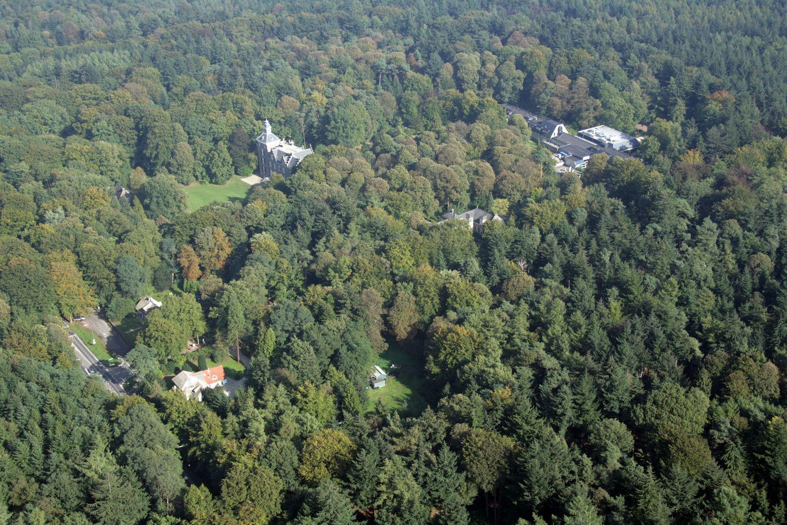 Kantoorverhuur LandgoedZonheuvel Luchtfoto Maarten Maartenshuis Koetshuis Lodge Paviljoen Hotel Restaurant